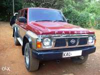 1991 Nissan Patrol, manual 4.2L diesel TD42 engine, well maintained 0