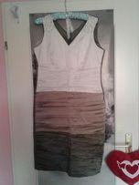 Sukienka dopasowana midi