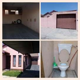 Double garage with own toilet for rent in ebony park