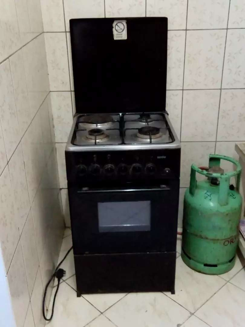 Gas cooker/electric oven 0