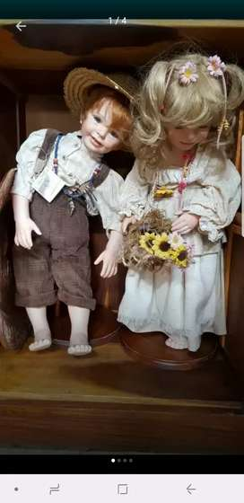 Tom Sawyer and Becky dolls with certification