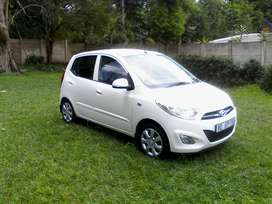 2018 Hyundai i 10. 1,1 AUTOMATIC. very low kms  FULL SERVICE HISTORY,