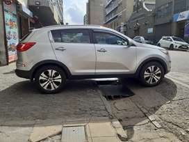 Kia sportage 2.0model 2011 mileage 80000