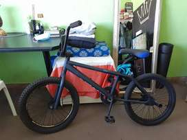 Custom Made BMX Matte Black. Perfect Condition