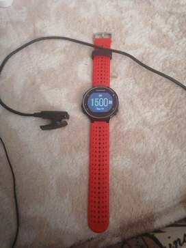 Garmin forerunner 235 with charger