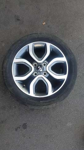 I'm looking for this 15 inch Kia picanto mags 1