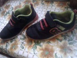 Кроссовочки для девочки.