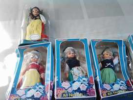 Dolls of different nationalities