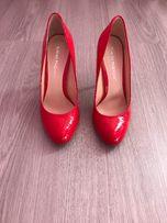 Продаются новые женские лаковые туфли Karlo Pazolini , разм. 36