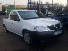 2015 Nissan NP-200 1.6 bakkie for business