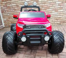 Red Ford Wildtrack monster truck for Kids