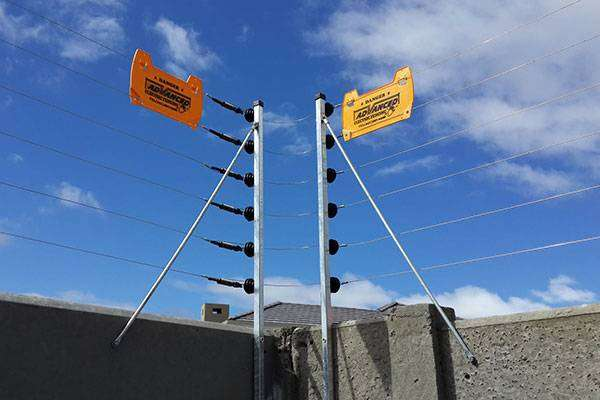 Top of wall electric fence 0