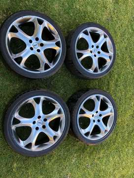 Used 17 inch wheels with tyres