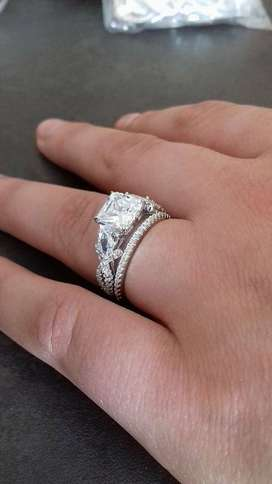 1.90 Carat Princess Cut Vintage Pear Accents Wedding Ring Set