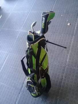 Jaxx R2 Kids Golf Set