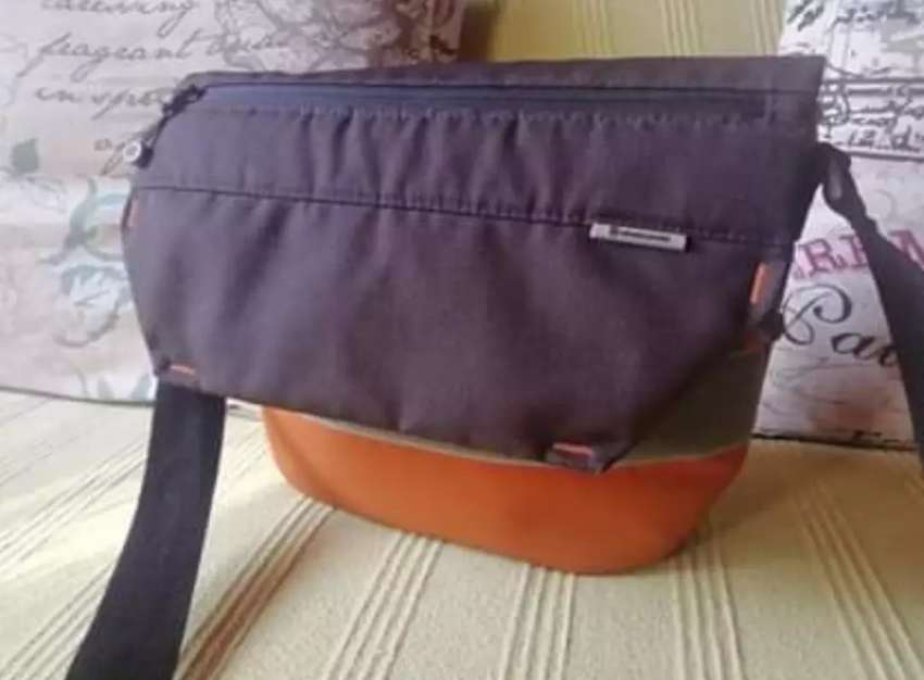Vanguard shoulder bag 0