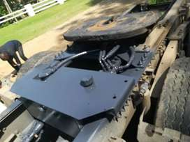 SIDE TIPPER HYDRAULICS AND PTO INSTALLATION