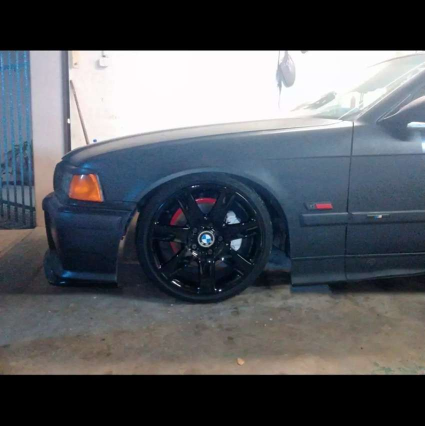 """Oem bmw 17"""" rims and tyres for sale or swop 0"""