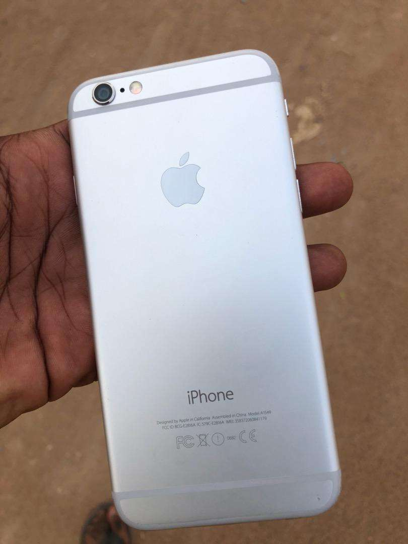 iPhone 6 64GB factory Unlocked 0