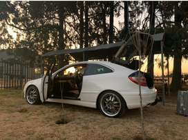 Mercedes Benz 2006 C230 coupe for sale