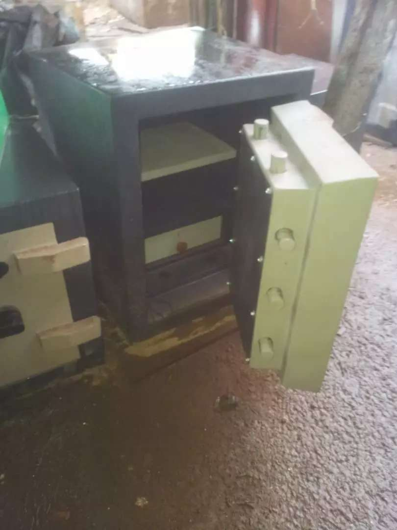 Safes all Size's 0