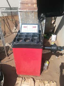 am selling my balancing machine for wheels