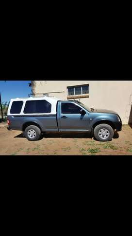 Iam selling this isuzu bakkie good condition
