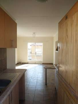 2 Bedroom townhouse in Vaalpark to let