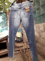 Продам мужские джинсы модели этого сезона из Европы.