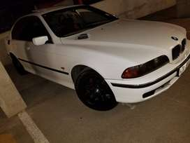 BMW 523i E39 FOR SALE OR SWAP WITH SOMETHING SMALL
