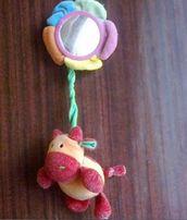 Игрушка для раннего развития коровка на прсоске