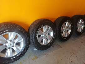 17'' Toyota GD6 mags with tyres(265/65/17) BF Goodrich A/T