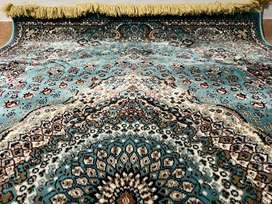 Kashan Mafy carpet cleared to go