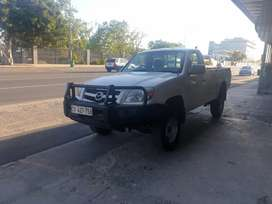 2010 Mazda BT-50 2.6 4X4 for sale.