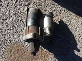 Toyota yaris 1.0 liter 3 cylinder engine Parts for sale