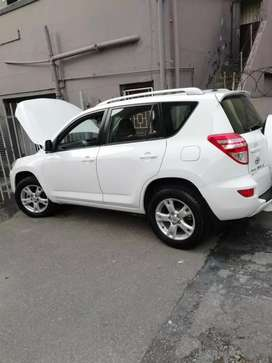 2011 Rav4 AUTO to SWAP for Fortuner