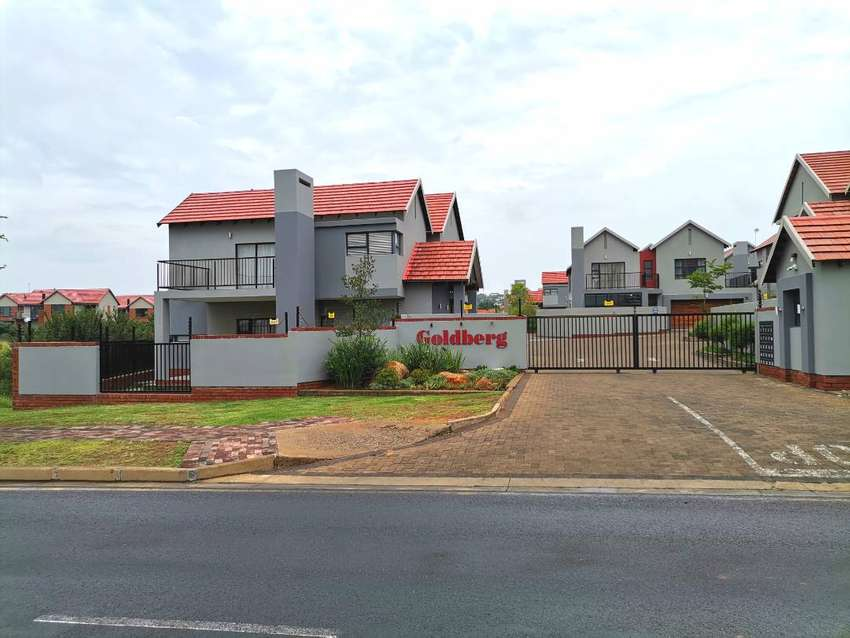 Modern Double Storey Townhouse In Wild Olive Estate