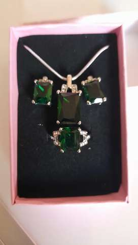 Misso classic green crystal sapphire jewelry set for sale