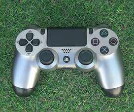 Playstation⁴ Controller <READ ADD>