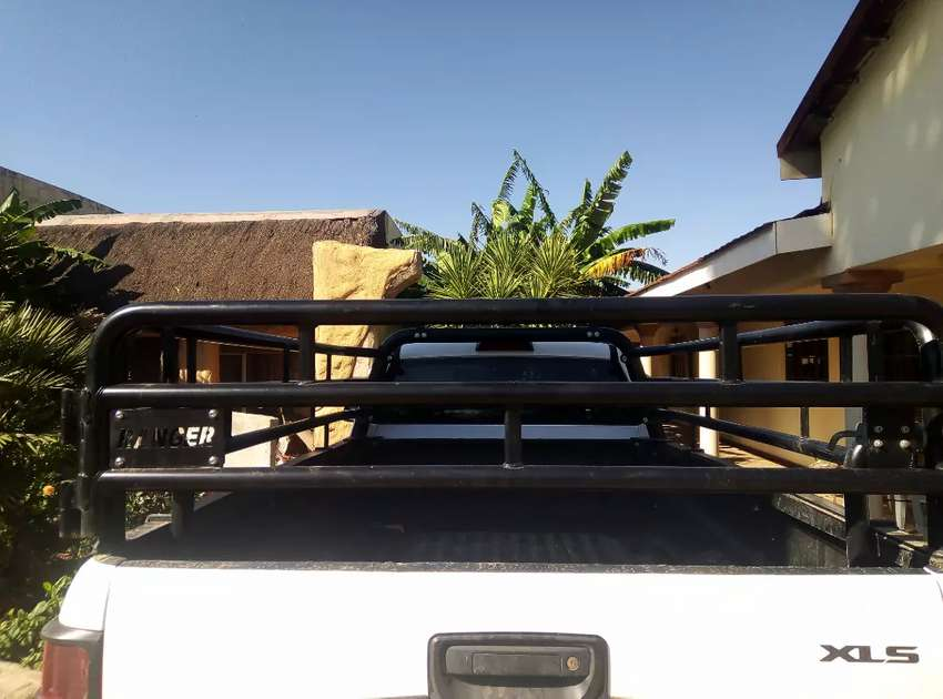 Ford Ranger Cattle Rails (Ford Factory)skaap tralies 0