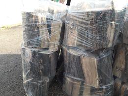 Продаю дрова твердых пород деревьев (акация, орех, ясень).