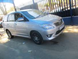 2015 TOYOTA INNOVA  1.7 ,with full service book history