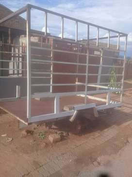 Its a selfmade trailer that has a deff of a Nissan bakkie