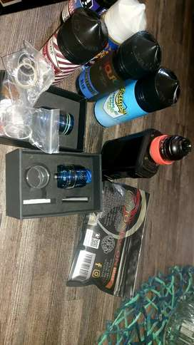 Pre used vape with accessories in a very good condition