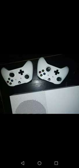 Xbox 1s 1TB for sale