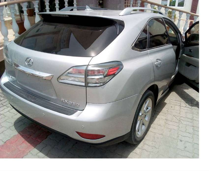 ATTRACTIVE SILVER RX350 LEXUS 2010, KEY LESS 0