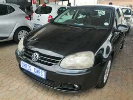 2006 Volkswagen golf 5 1.6 engine capacity hatchback.