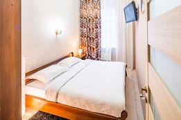 Уютная квартира с изолированными спальнями в центре города.