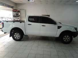 WHITE FORD RANGER 2.2 D/CAB MANUAL