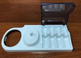 Подставка для зубной щетки и 4 насадок Oral-B